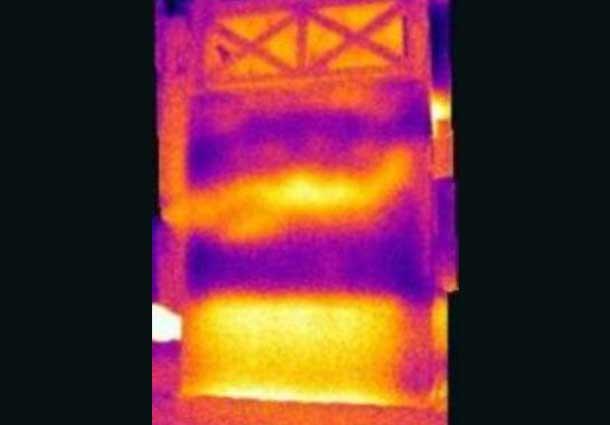 Sukritusi termoizoliacija (Discontinued thermal insulation)